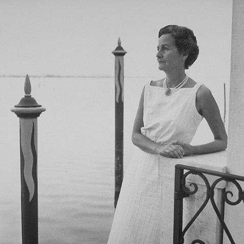 Crónica de un Amateur de la Lectura- Nancy Mitford y Libros del Asteroide